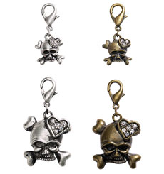 Aria Skull & Crossbones Charms DT844