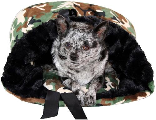 Lightweight Reversible Snuggle Bugs - Camo & Black Wavy Velvet